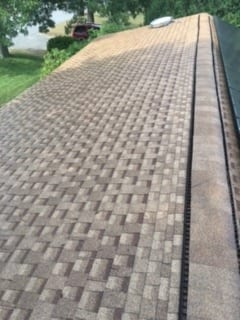 Roof Cleaning Services with Roof Shampooing