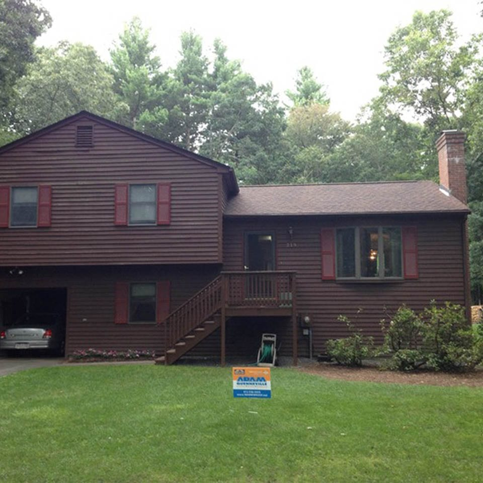 This is a photo of a roof replacement project in Sunderland, MA
